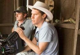 Bryan Singer (rechts) am Set von 'Superman Returns'