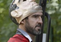 Eric Cantona in 'Looking For Eric'