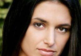 Andrea Gabriel als Nadia in 'Lost'