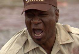 Piranha 3-D - Lt. Welleger (Ving Rhames) ist nicht...ffen.