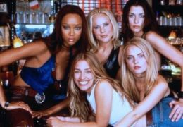 Coyote Ugly - Tyra Banks, Maria Bello, Piper Perabo,...Miko