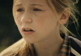 Familienbande - Stacey (Lauren Kinsella)