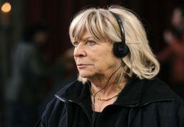 Regisseurin Margarethe von Trotta am Set von 'Vision...ngen'