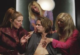 Eurotrip - Lucy Lawless, Jacob Pitts
