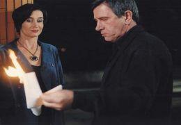 Madame X (Anne Brochet) und ihr Erpresser Julien...x film