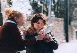 Marie (Iben Hjejle) und Sophie (Bronagh Gallagher)...h GmbH