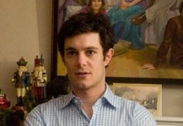 Adam Brody in The Oranges - Toby Walling wird mit der...iert.
