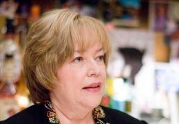 Kathy Bates in 'P.S. Ich liebe dich'.
