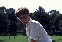 David Wiseman (Sam Smith) beim Cricket  2004 Senator Film