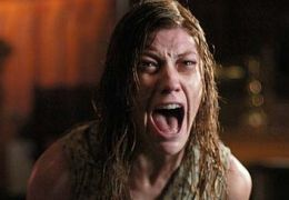 JENNIFER CARPENTER als Emily Rose.