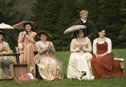 Die Gesellschaft beim Kricketspiel: Mrs. Austen...re.).