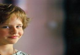Lucie Hollmann als Frieda in 'Die wilden Hühner und...iebe'