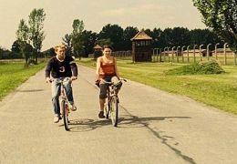 Sven (Alexander Fehling) und Ania (Barbara Wysocka)