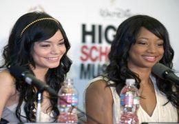 Schauspielerinnen (L-R) Vanessa Hudgens und Monique...teil.