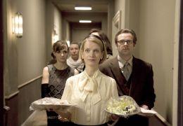 Frau Kowalski (Judith Engel) plant eine Party bei Daniel
