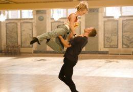 Durch das gemeinsame Tanzen überbrücken Tomas...e 3D'