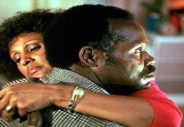 Lethal Weapon - Darlene Love und Danny Glover