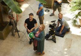 Omamamia - Regisseur TOMY WIGAND (mit Basecap) mit...m Set
