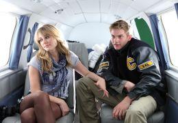 Altitude - Julianna Guill und Jake Weary