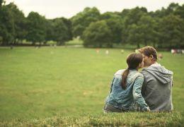 About a Girl - Charleen (Jasna Fritzi Bauer) und...liebt