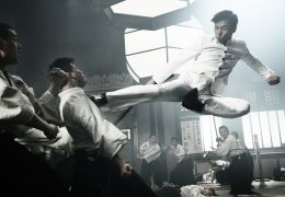 Legend of the Fist: The Return of Chen Zhen - Donnie...Zhen)