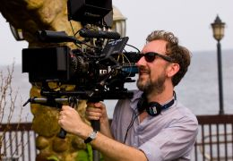 Can a Song Save Your Life? - Regisseur John Carney am Set