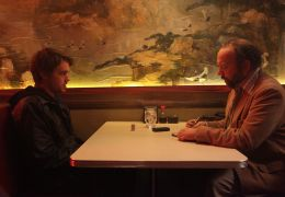 John Dies at the End - Chase Williamson und Paul Giamatti