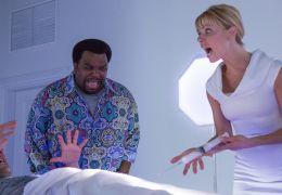 Hot Tub Time Machine 2 - Adam Scott als Adam Jr.,...Kelly