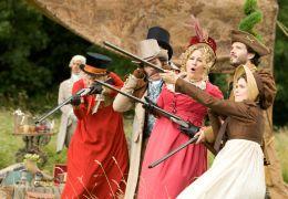 Austenland - (v.l.n.r.:) Georgia King ('Lady Amelia...LAND.