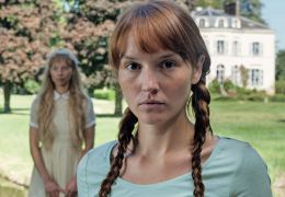 Eine neue Freundin - Claire (Ana s Demoustier)
