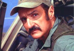 Im Land der Raketenwürmer - Michael Gross als Burt Gummer