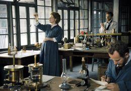 Marie Curie - Die schwangere Marie Curie (Karolina...Labor