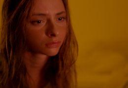 Der Nachtmahr - Langsam kommt Tina (Carolyn Genzkow)...äher.