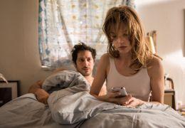 Whatever Happens - Hannah (Sylvia Hoeks) erhält eine...sage.