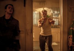 Don't breathe - Dylan Minnette und Stephen Lang
