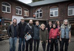 So was von da - Cast & Crew vor dem  Rakete Club'...Sunny)