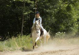 Wendy 2 - Wendy (Jule Hermann) mit Pferd Penny