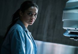 The Possession of Hannah Grace - Megan Reed (SHAY MITCHELL)