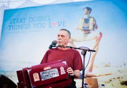 Mantra - Sounds into Silence - Krishna Das Barcelona...2013