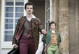 Mary Shelley - Lord Byron (Tom Sturridge)