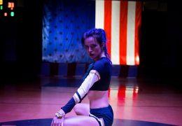 Assassination Nation - Bella Thorne ist Reagan.