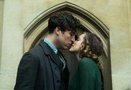 Geheimnis eines Lebens - Leo (Tom Hughes) und Joan...kson)