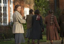Geheimnis eines Lebens - Joan (Sophie Cookson) als...ridge