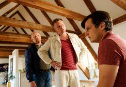 Leberkäsjunkie - Rudi (Simon Schwarz, l.) und Raphael...hat.