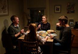 Sorry we missed you - Die Turner-Familie beim...one).