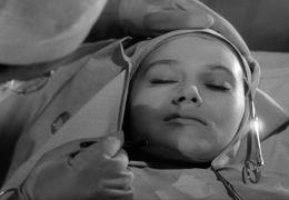 Augen ohne Gesicht - Juliette Mayniel