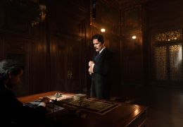 Tesla - Nikola Tesla (Ethan Hawke) wird von J.P....angen