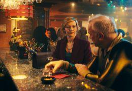 Das schwarze Quadrat - An der Bar   Martha (Sandra...hütz)