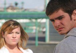 Michelle (Katie Lyons) wird Jacks (Andrew Garfield)...undin
