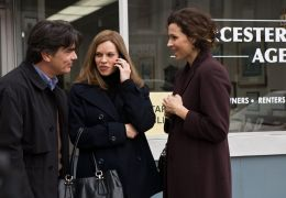 Betty Anne Waters - Peter Gallagher, Hilary Swank,...river